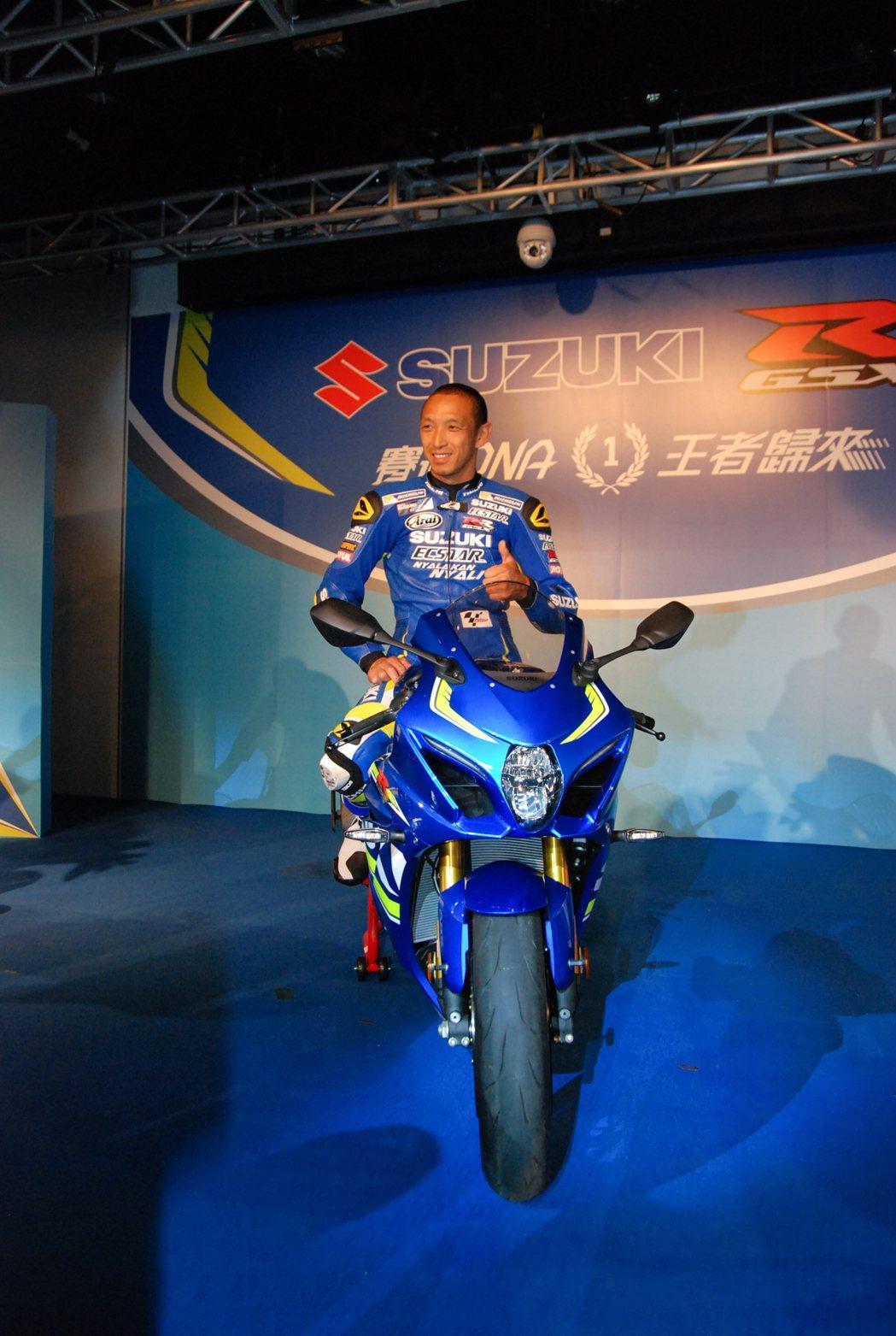 青木宣篤(Nobuatsu Aoki)提供豐富的賽道經驗,並參與 GSX-RR 車種的研發。 記者林鼎智/攝影