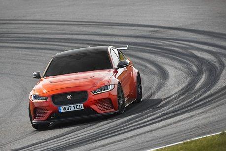 Jaguar XE SV Project 8有超越BMW M3嗎?