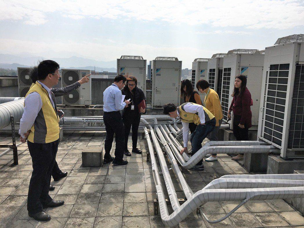 桃園市環保局實施節能減碳,成立「桃園節能E世代」輔導團隊,四年以來輔導各機關團體...