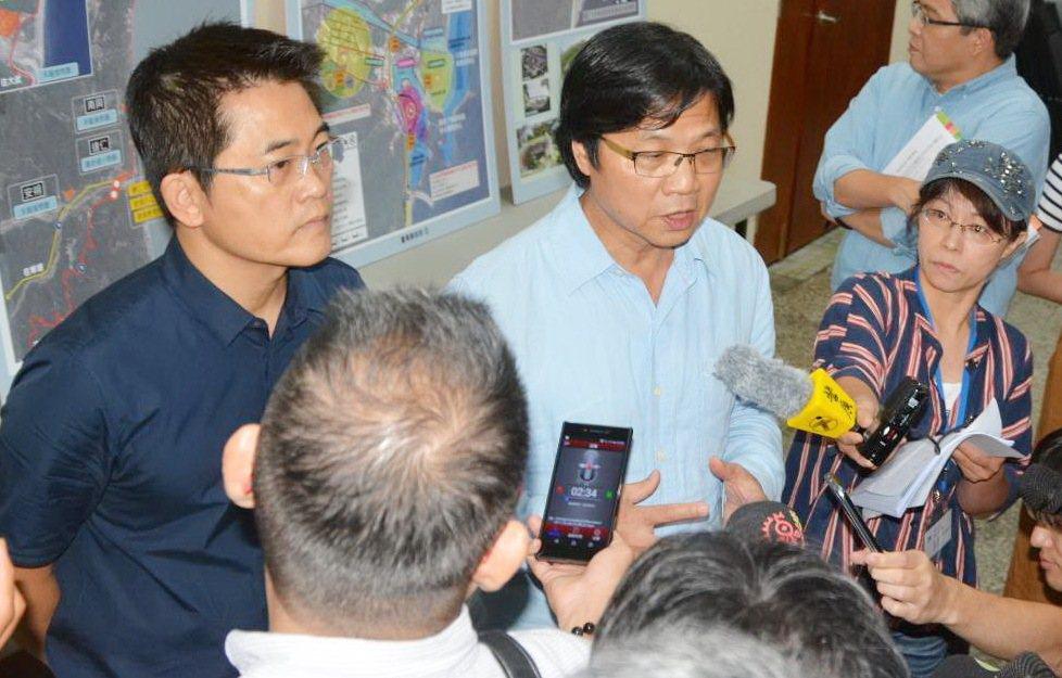 內政部長葉俊榮今天下午在台東表示,因應年金改革危勞退休年齡提高,已要求警政署應針...