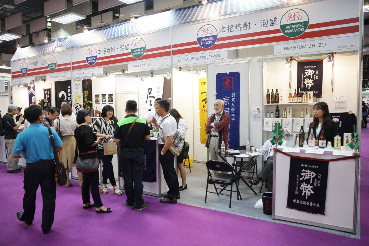 「日本酒造組合中央會」攜手14家酒造首次來台參展。圖/主辦單位提供 ※ 提醒...