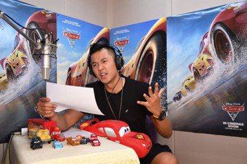 今夏極受矚目的動畫續集大片對決即將上演,迪士尼與皮克斯的「Cars 3 閃電再起」搶得先機、率先奪得北美票房周冠軍,但「神偷奶爸3」來勢洶洶,預期將有更驚人的賣座。倒是在台灣,儘管「Cars 3 閃...