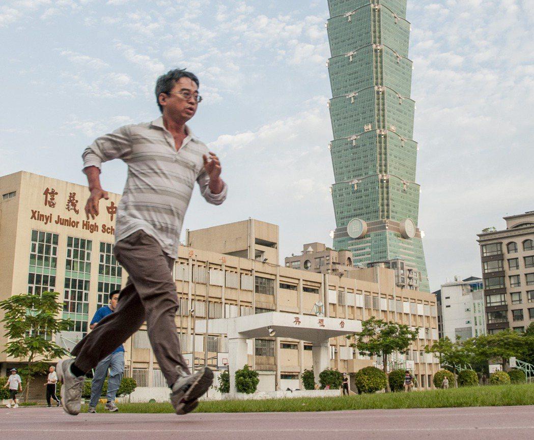 不少民眾選擇「跑步」作為入門運動。 本報資料照片