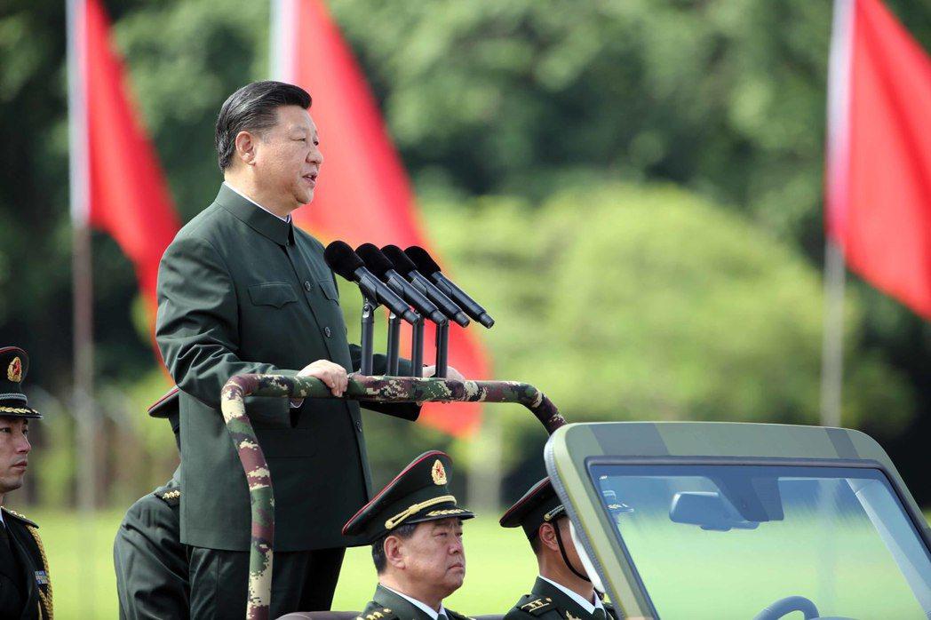中國國家主席習近平訪港,被定為中共今年三件政治大事之一,是因在特殊政治背景下,習...