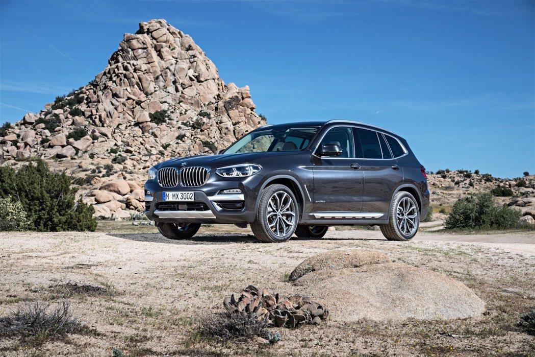 全新第三代X3相較於前一代,至今已過了七年。 摘自BMW