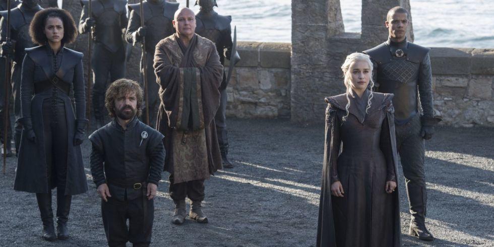小惡魔(左二)與龍女(右二)是「冰與火之歌:權力遊戲」兩大焦點。圖/HBO提供
