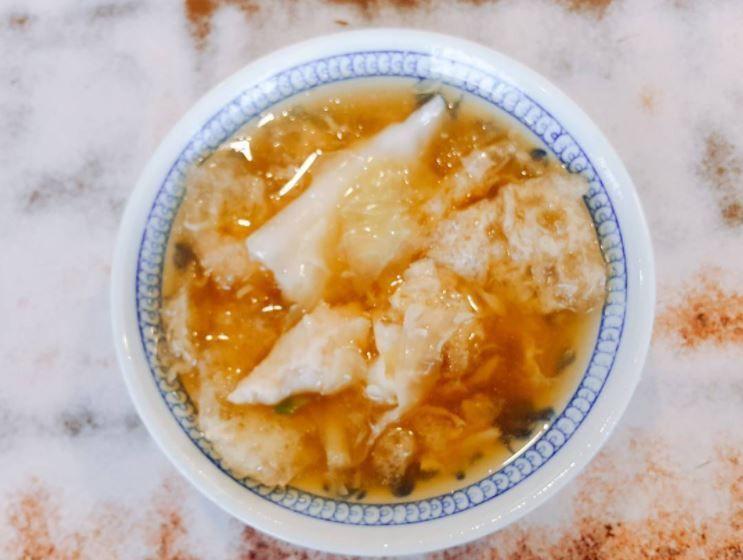 廟邊假魚肚,其實是用豬皮加工處理成的創意古早料理(Instagram授權作者-h...