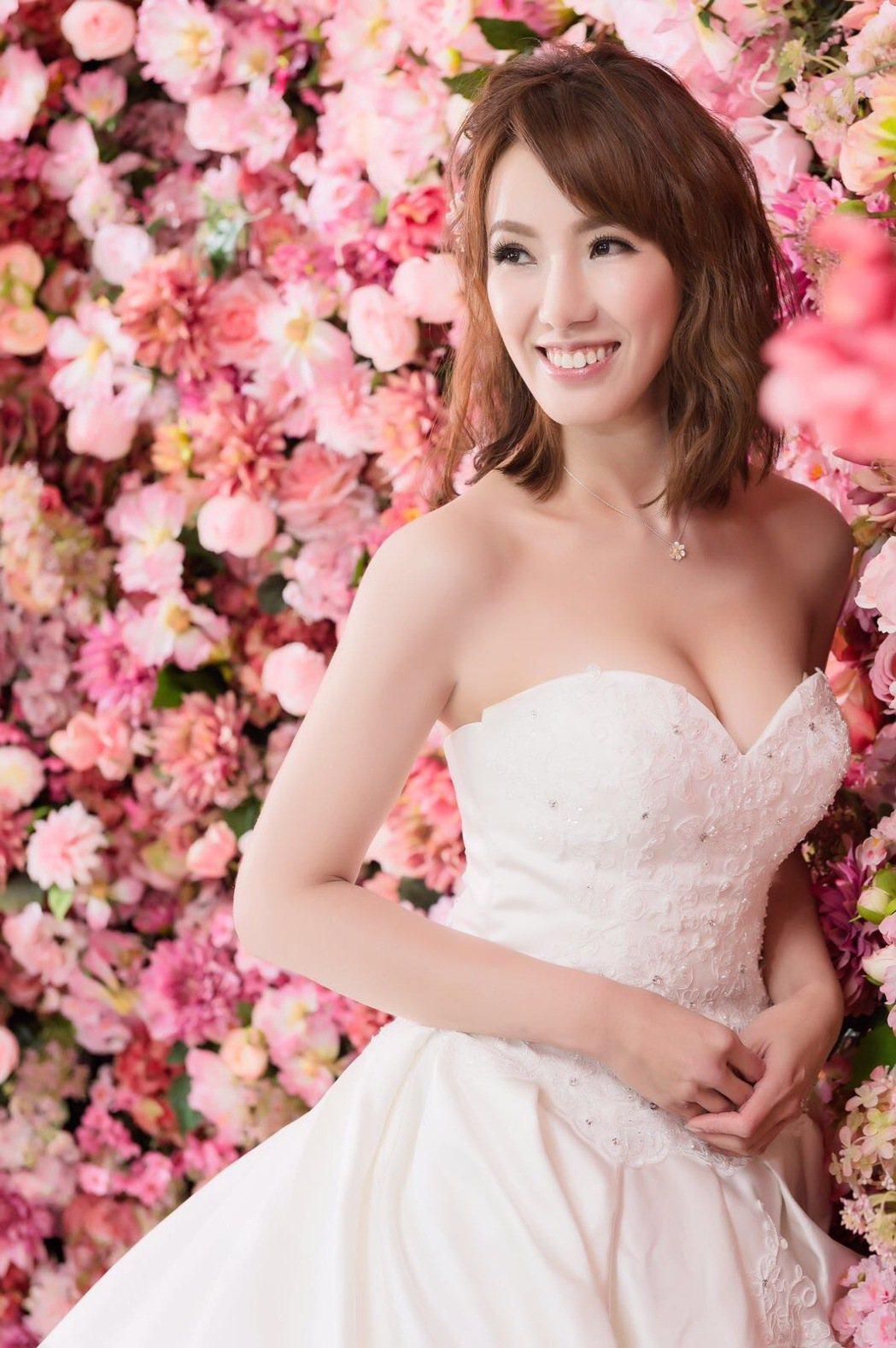 黃瑄拍「春花望露」期間,和老公從認識交往、登記、婚宴都辦完。圖/民視提供
