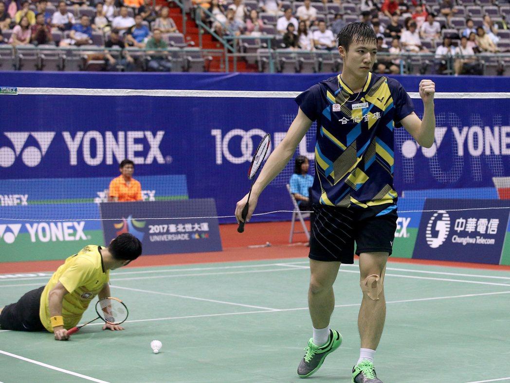 台北羽球公開賽,王子維鏖戰3局闖進男單4強。記者余承翰/攝影