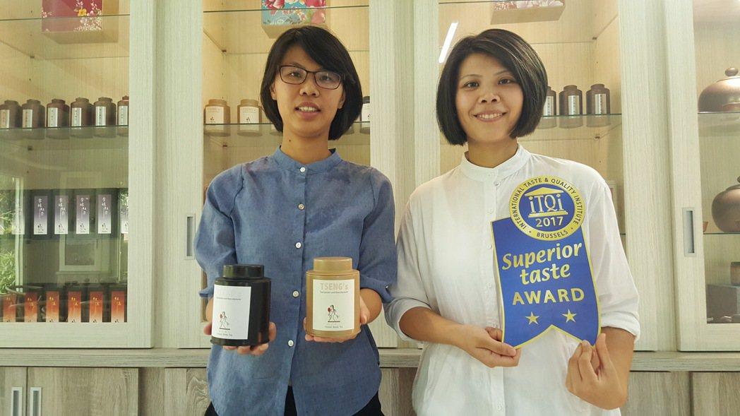 曾郁芳(左)、曾莉敏姊妹自創「曾的」茶葉品牌,投注新觀念在傳統茶園的經營行銷,期...