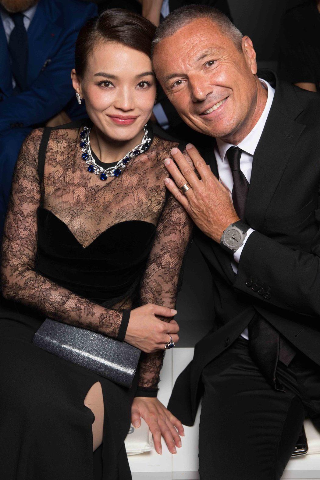 寶格麗品牌代言人舒淇(左)出席威尼斯寶格麗FESTA DI BVLGARI頂級珠