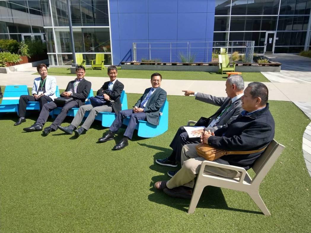 彰化縣訪美參訪團昨天拜訪Google (谷歌)總部。 圖/彰化縣政府提供