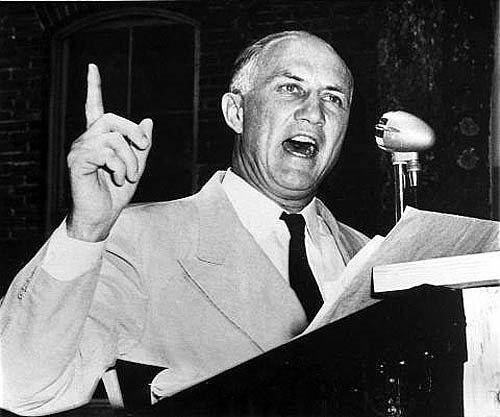 美國南卡羅萊納州聯邦參議員史壯·瑟蒙(Strom Thurmond)為阻止《19...