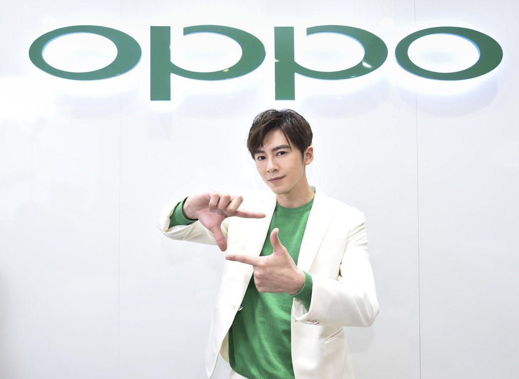 李國毅透露私下不像演員,更像攝影師。圖/OPPO提供