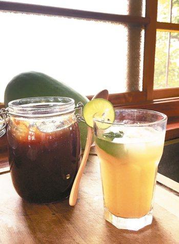 以冬瓜茶醬調配的氣泡飲,清涼消暑。 圖/朱慧芳