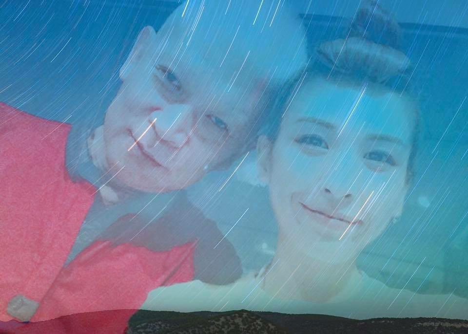 魏如昀與父親合照。圖/摘自網路