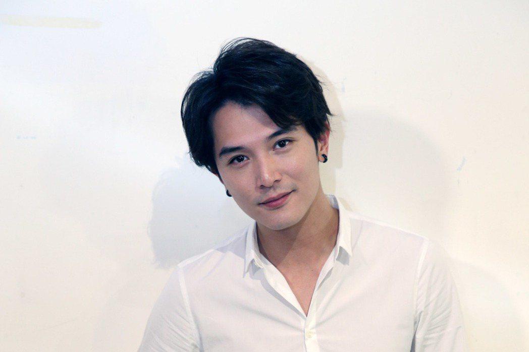 徐譽庭、許智彥執導、邱澤(圖)主演新片「我們都愛他!」將開拍,今天舉行媒體茶敘。...