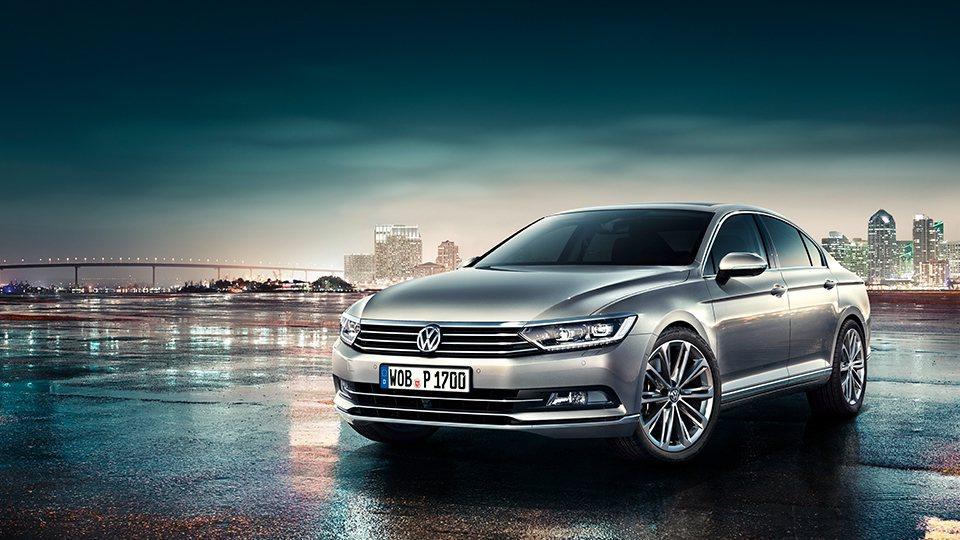 Volkswagen 表示他們將會在2019年開始,對旗下車款落實V2V系統。圖為Volkswagen Passat。 摘自Volkswagen