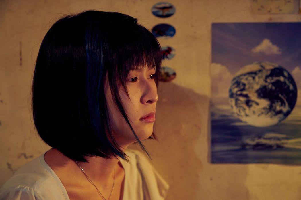 江宜蓉演出「花甲男孩轉大人」中「雅婷」一角。圖/台視提供