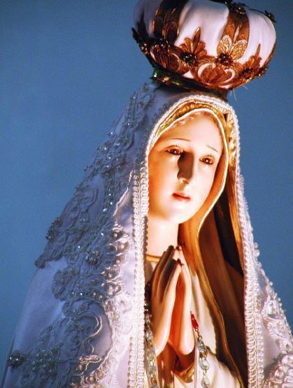 天主教流淚聖母像法蒂瑪巡遊世界,還曾來台供信徒參看膜拜。 圖/報系資料照