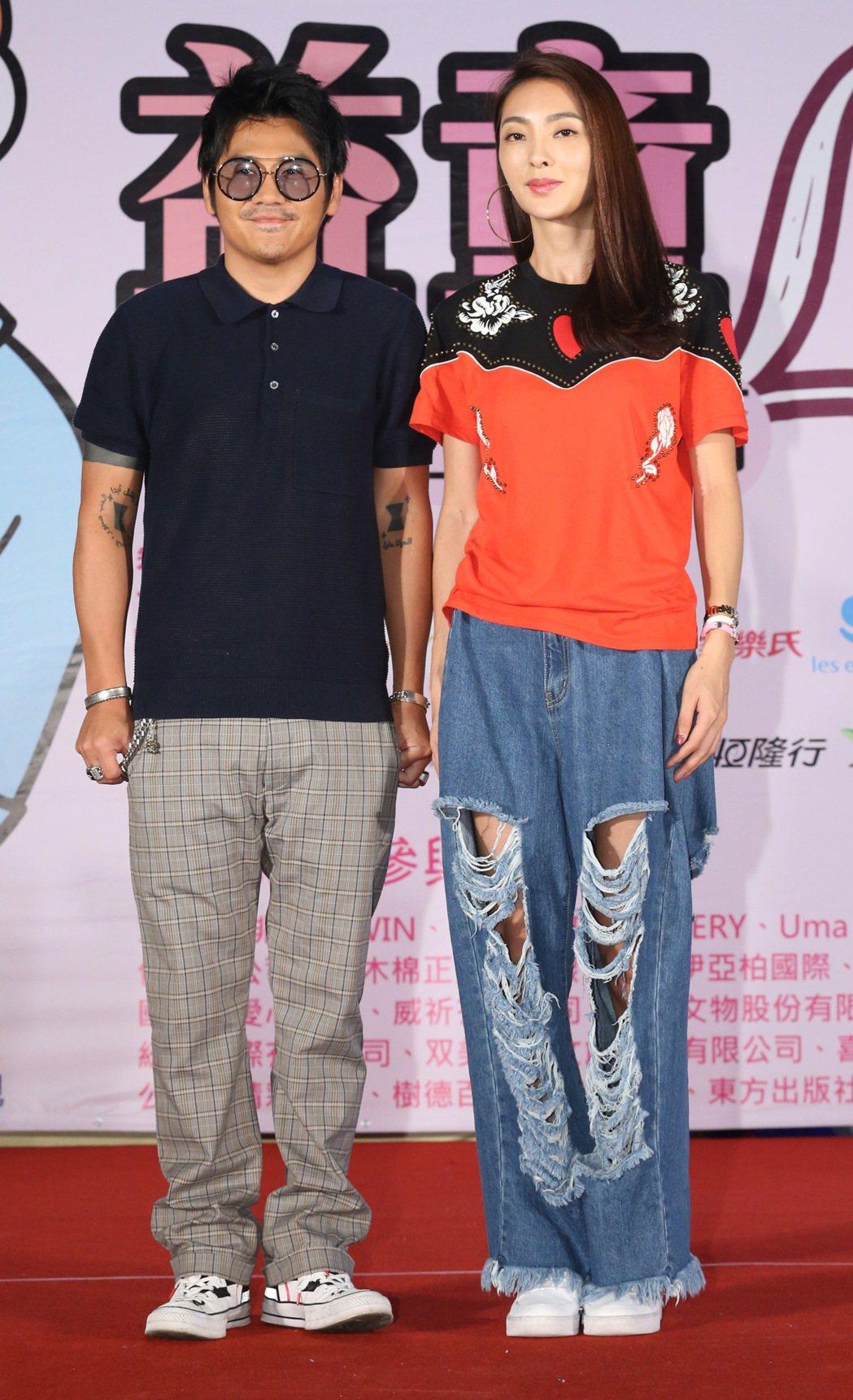 曹格(左)、吳速玲(右)日前一起出席公益活動。 圖/聯合報系資料照