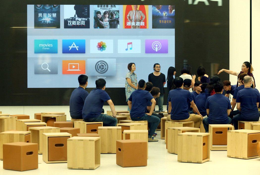 互動坊區域也是舉行「今日蘋果」活動的地方。 記者林俊良/攝影
