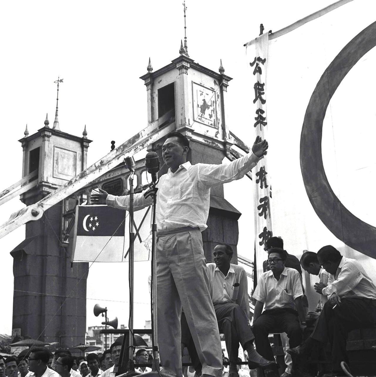 欧思礼路38号不论作为李光耀私宅,还是人民行动党的作战处,对向来以李光耀为首的新...