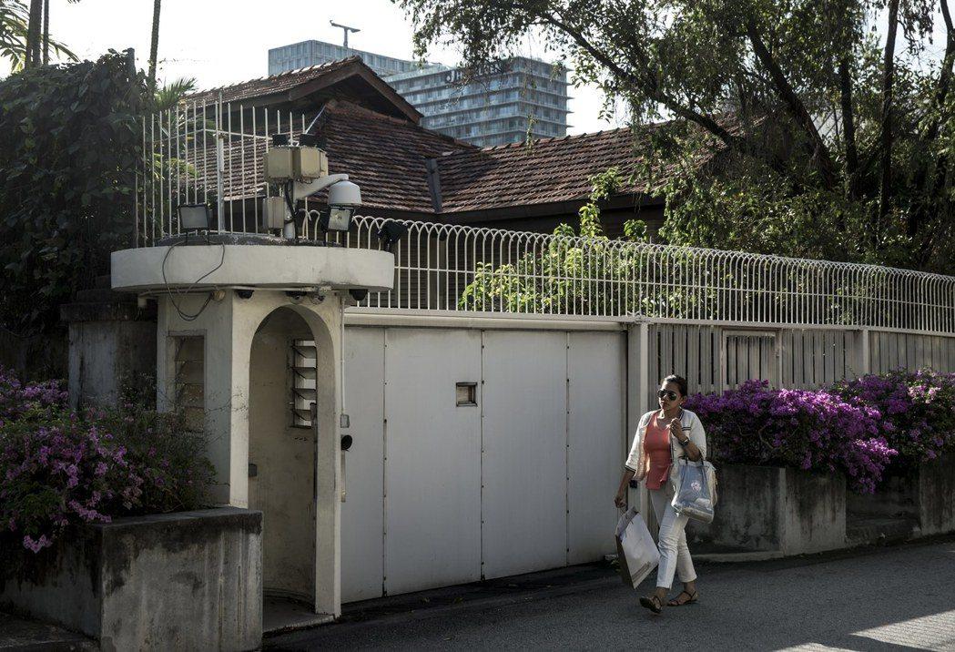 歐思禮路38號存廢事件,牽扯出李家兄弟妹鬩牆醜聞,同時折射出新加坡鏟除城市老記憶...