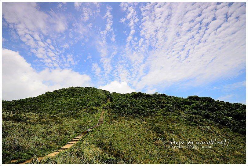 ↑紫羅蘭山名稱很浪漫,山形卻很有氣勢。