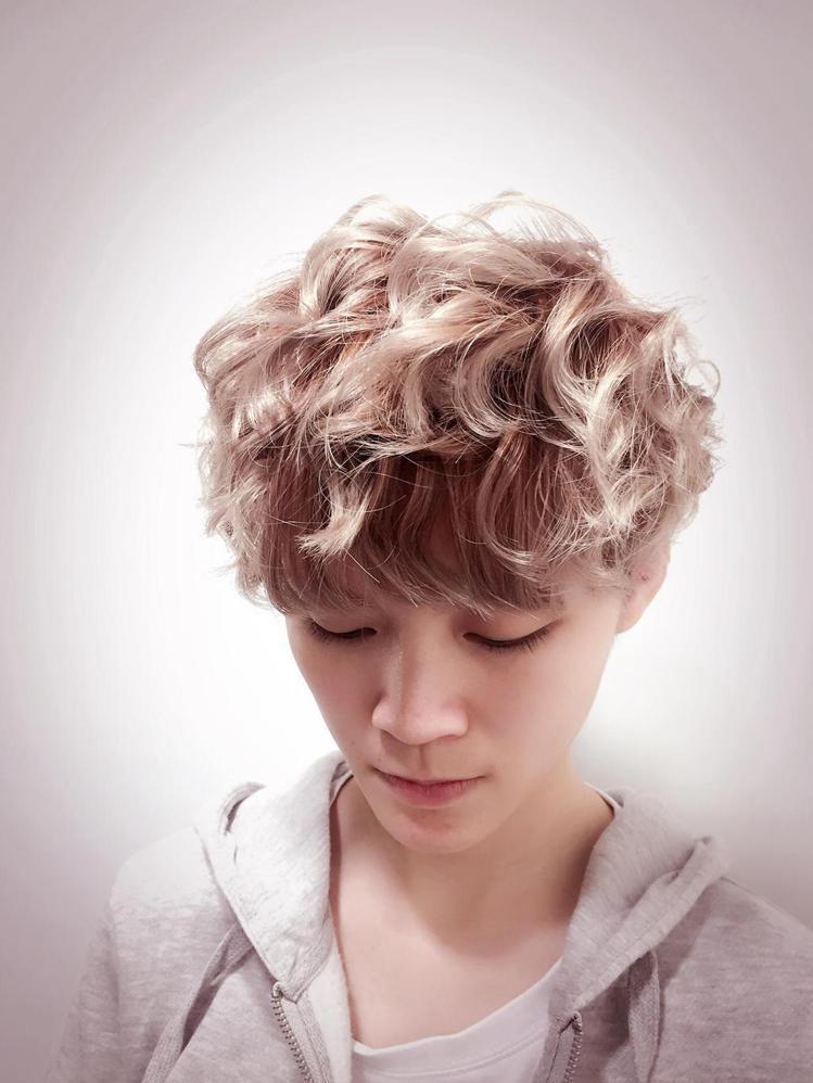 髮型創作/諾亞藝術造型 - Lily。圖/HairMap美髮地圖提供