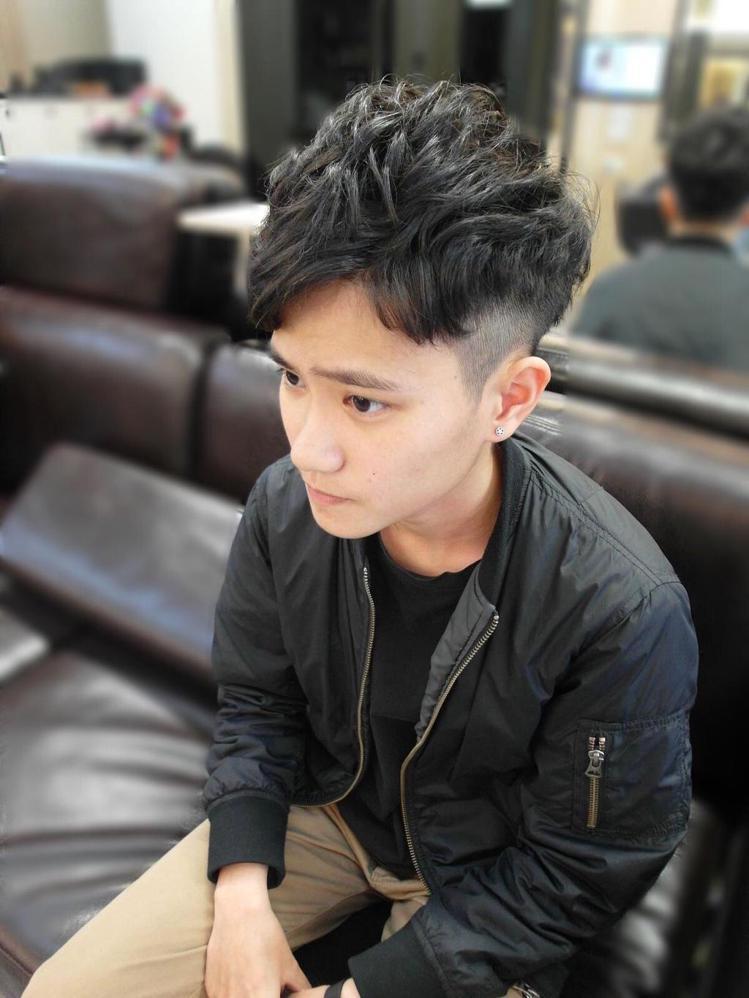 髮型創作/艾尚髮型 - Vic Vic。圖/HairMap美髮地圖提供