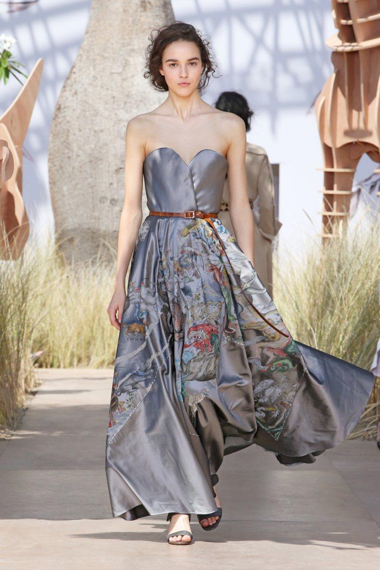 五大洲刻版畫的精工是2017高級訂製服的靈感來源。圖/Dior提供