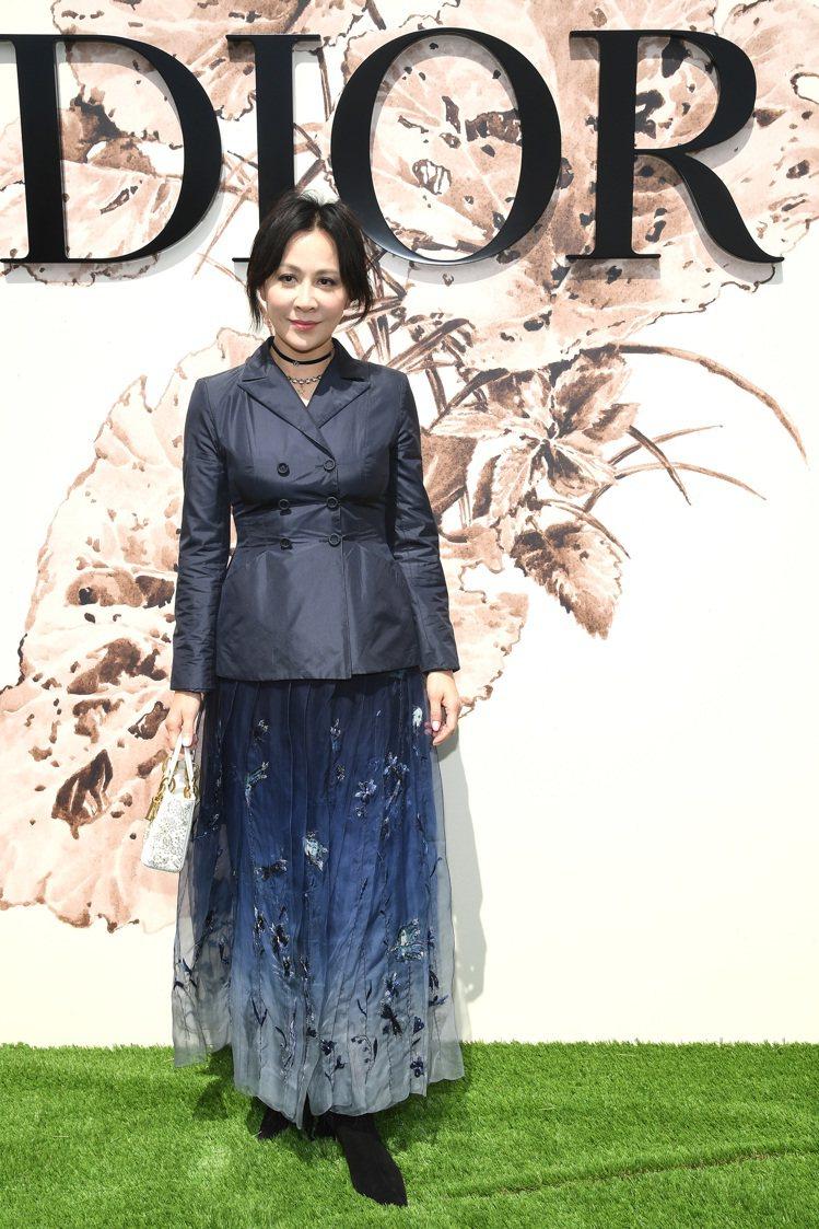 劉嘉玲以2017秋冬裝出席巴黎高訂大秀。圖/Dior提供