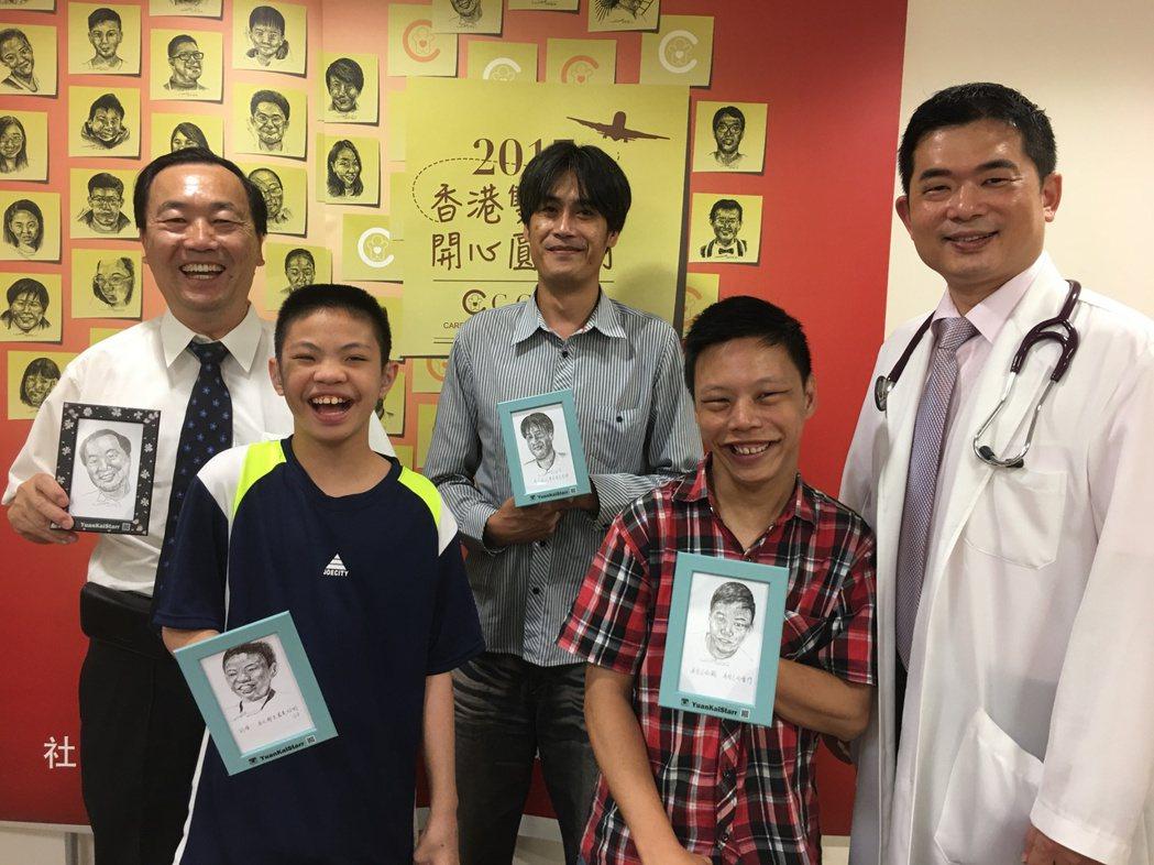 病童均十分期待香港行,從右至左分別為,簡文彥醫師、病童定謙、病童王灝、病童煥棠、...