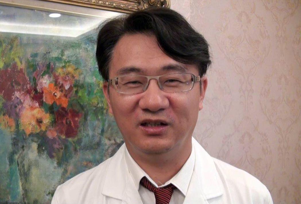 義大醫院健診部副部長林志文表示,天熱腸胃症狀多,一名65歲婦人登山後即因脫水腹痛...
