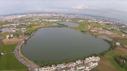 桃園埤塘眾多,從空中俯瞰景致優美。圖/陳其澎提供