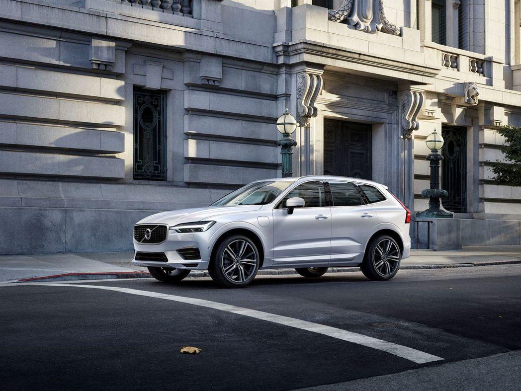 自 2019 年起,所有 Volvo 新車都將配備電動馬達,以達到全面電動化的目標。 摘自 Volvo