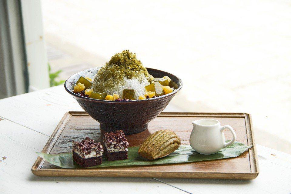 柚香金萱烏龍冰用上茶葉細磨熬製的果醬,值得一試