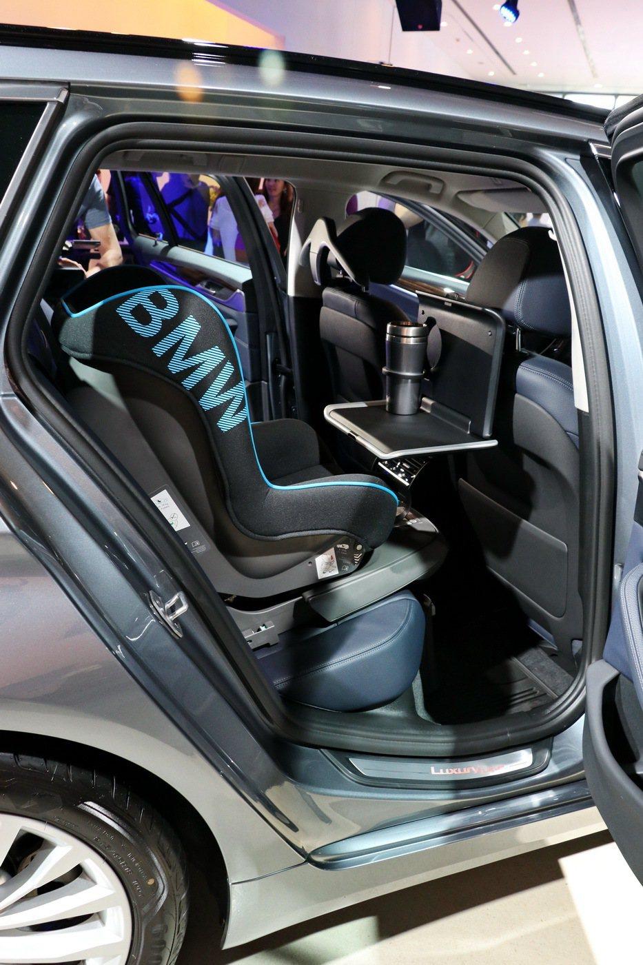 BMW總代理汎德推出5系列Touring旅行車。 記者陳威任/攝影