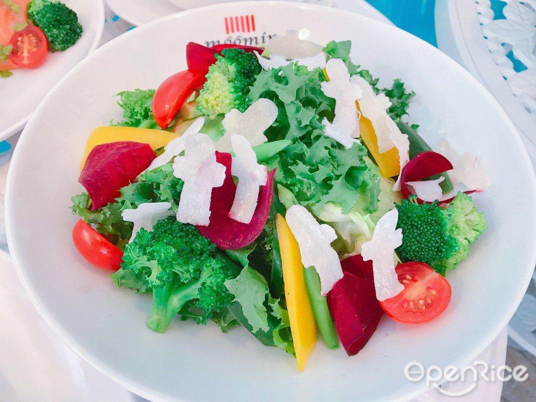 ▲溜溜們蔬菜沙拉($180)