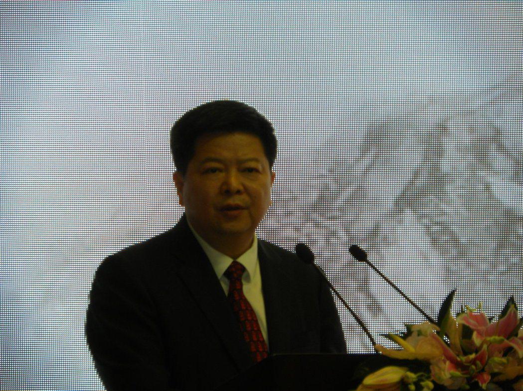大陸國台辦副主任龍明彪指出,分裂勢力在台灣推動各種形式的台獨活動,限制、阻擾兩岸...
