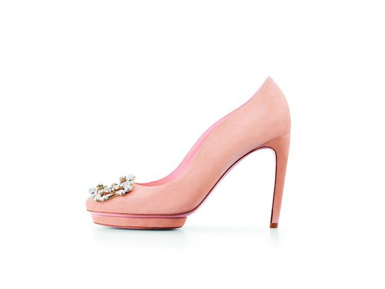 Pearl Buckle高跟鞋,51,000元。圖/Roger Vivier提供