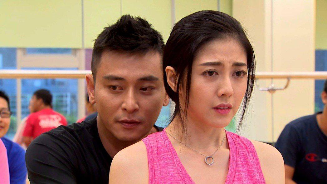 陳冠霖(左)和韓瑜的對手戲很受歡迎。圖/三立提供