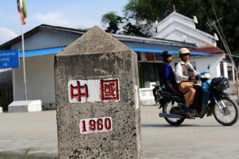 或許緬北華人的態度,相當程度的呼應了緬北與中國關係良好的民族武裝軍——佤邦聯合軍...