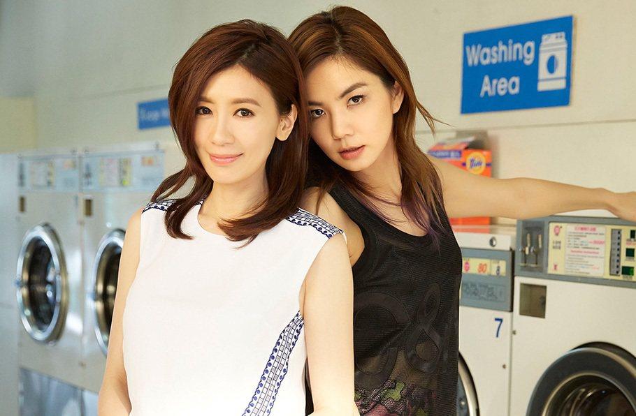 ELLA、賈靜雯曾一同合作「信愛成癮」MV。圖/華研音樂
