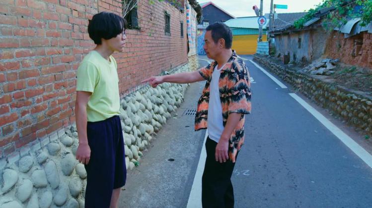 蔡振南(右)與盧廣仲一鏡到底的對罵戲碼廣受網友討論。圖/好風光提供