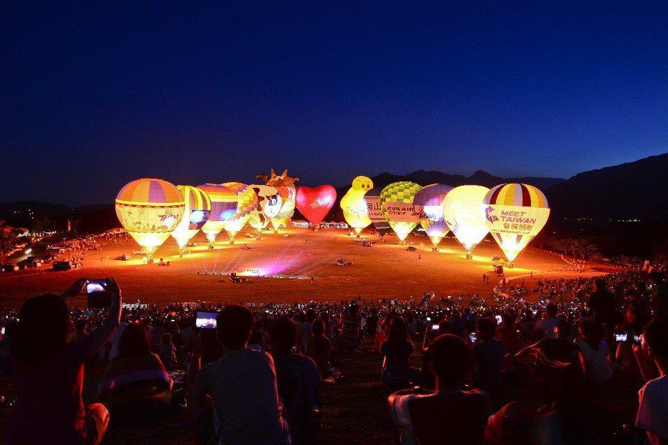鹿野高台-臺灣國際熱氣球嘉年華(圖片提供/臺東縣政府)