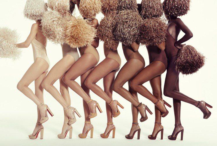 Christian Louboutin的Nudes系列以啦啦隊為主題打造活力感。...