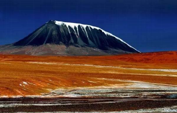可可西里的白象山。(澎湃新聞)