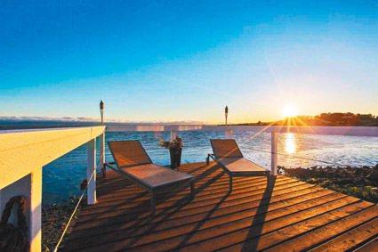 東灣聖利安住市這棟金山灣畔的房子,叫價只117萬5000元。(圖:房地產公司提供...